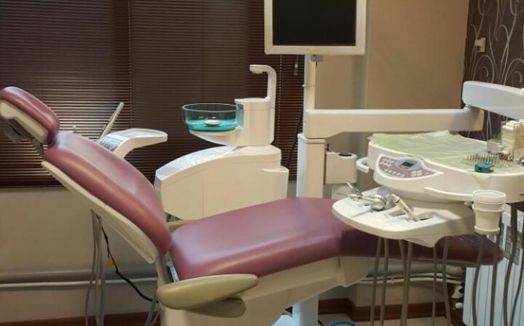 دندانپزشکی دکتر برازنده
