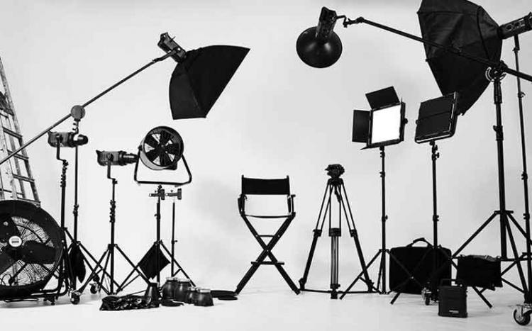 آتلیه عکاسی و فیلمبرداری مایاک